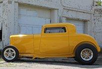 1932 Ford Side - Grundy.jpg